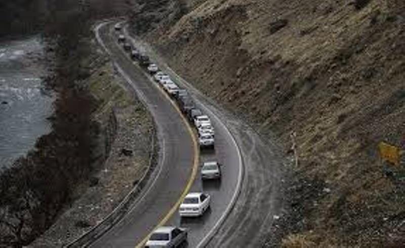 تا اطلاع ثانوی محورهای چالوس و هزار به سمت تهران یکطرفه است