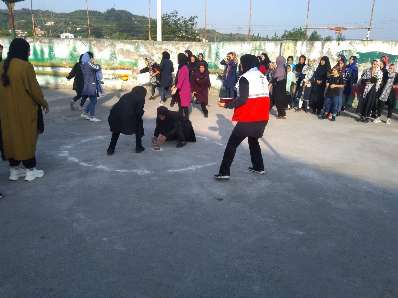 برگزاری مسابقات بومی ومحلی به مناسبت هفته دفاع مقدس  در سوادکوه شمالی