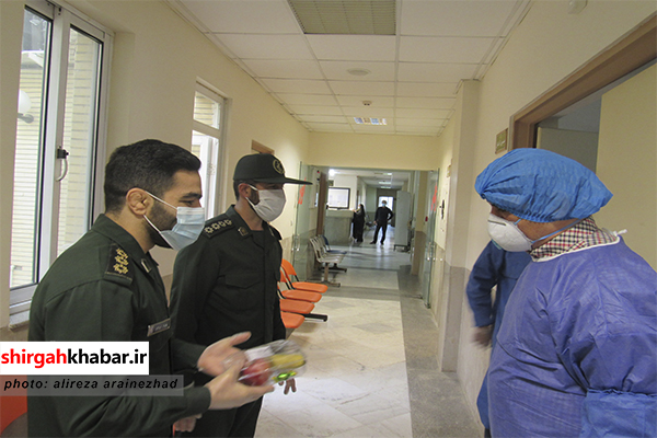 توزیع بستههای میوه برای مدافعان سلامت سوادکوه شمالی