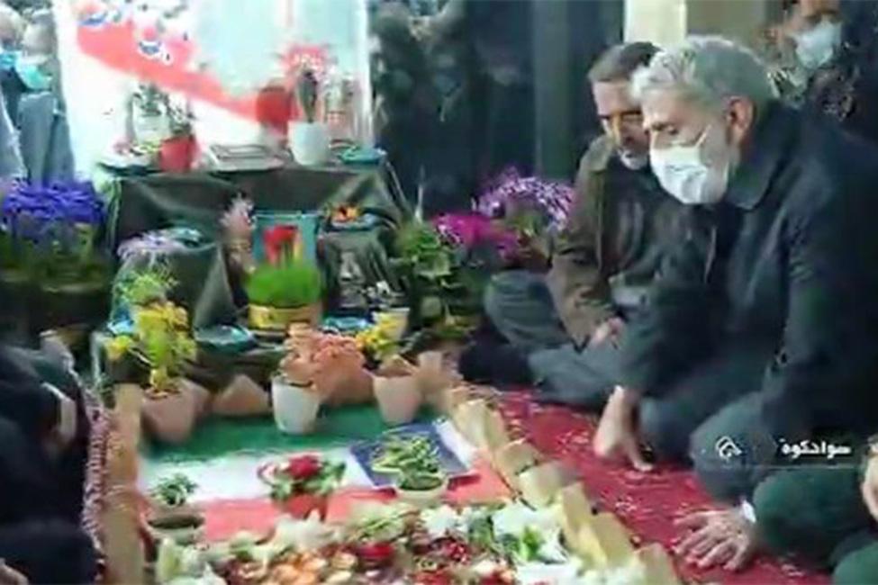 حضور سردار قاآنی بر مزار شهید مدافع حرم مجتبی برسنجی